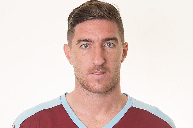 Stephen Ward has a knee injury