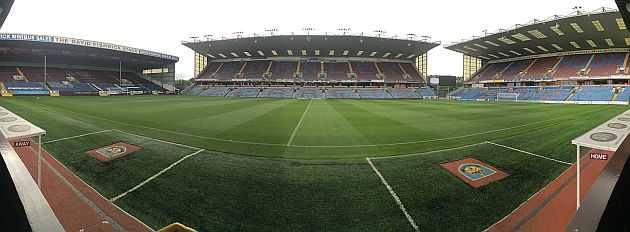 1516 burnley turf moor 01 630