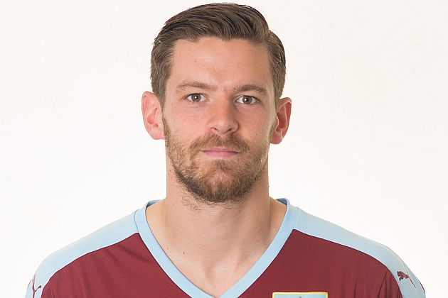 Lukas Jutkiewicz could join Birmingham on loan