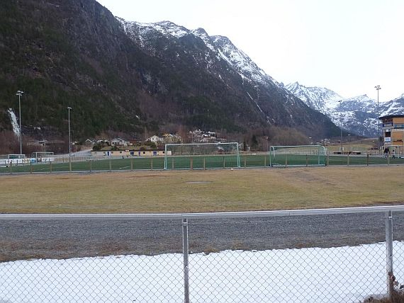 grounds andalsnes 4