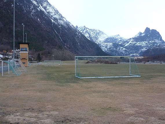 grounds andalsnes 6