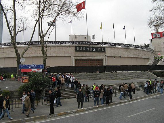 grounds besiktas 1
