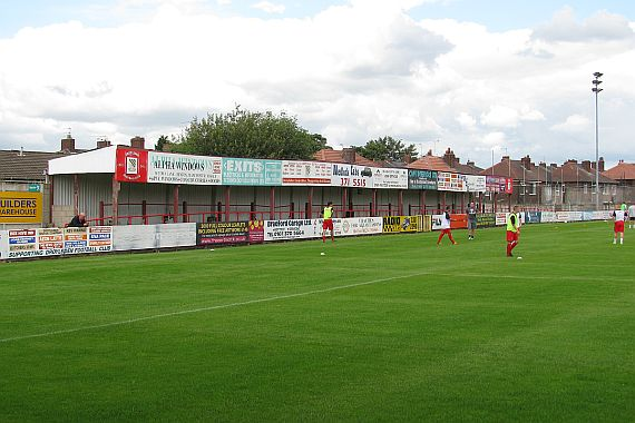 grounds droylsden 10