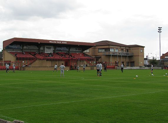 grounds droylsden 6