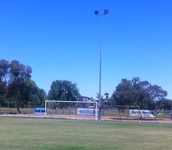 grounds swan hill 5