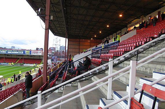 grounds swindon 13