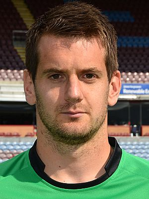1415 burnley tom heaton 00 300x400