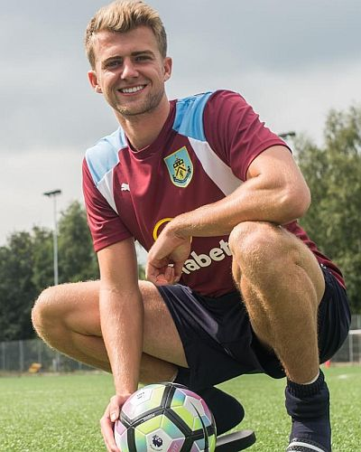 1617-burnley-patrick-bamford-01-400x500
