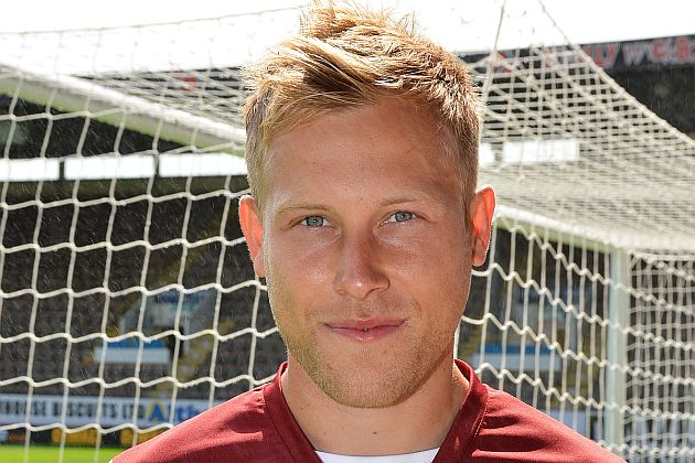 1314 burnley scott arfield 00 630x420