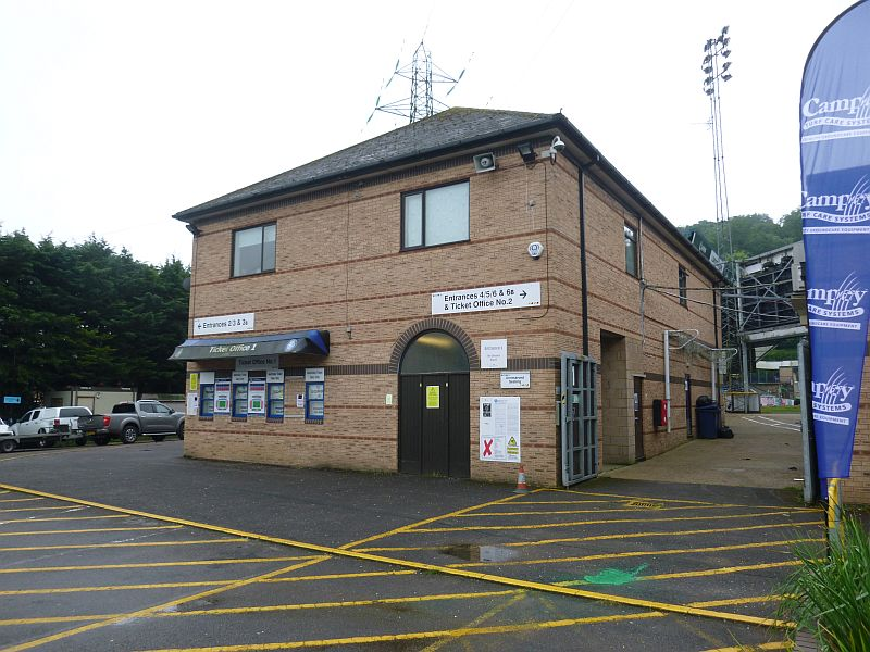 grounds wycombe 2