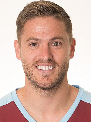 Michael Kightly leaves after four years at Burnley