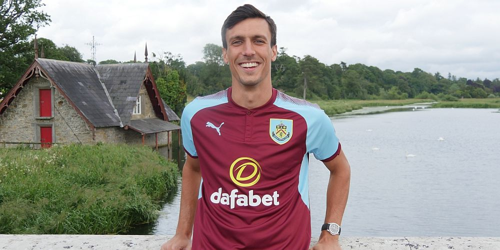 1718 burnley jack cork 01 1000x500