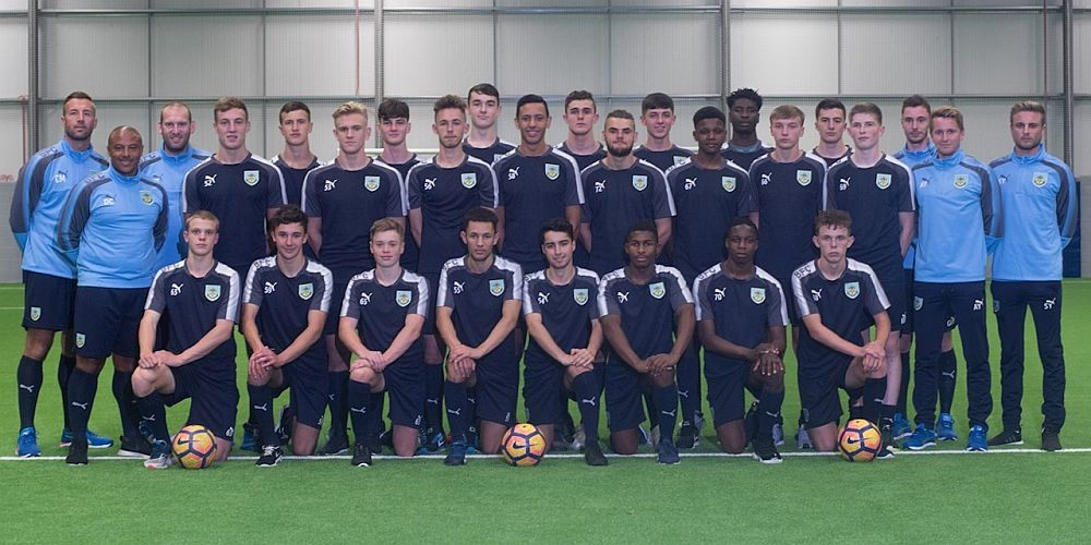 1718 burnley youth team 1000x500