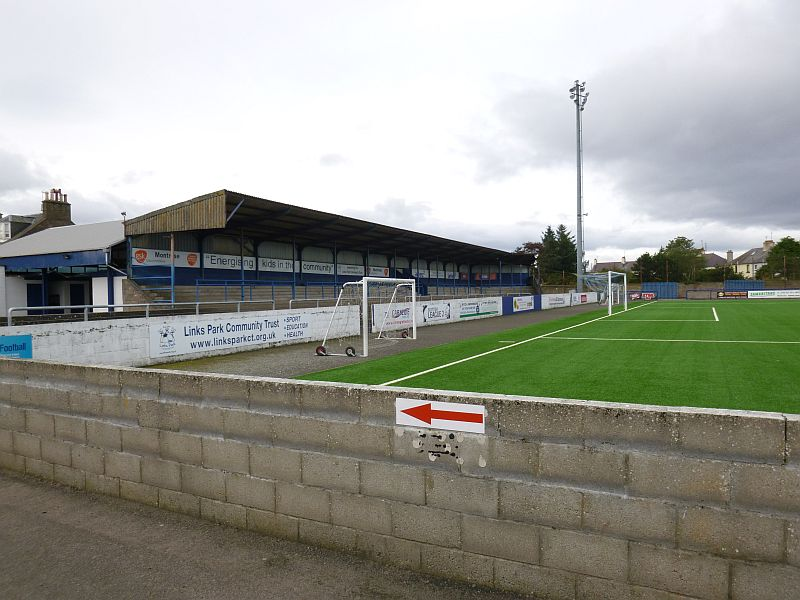 grounds montrose 8