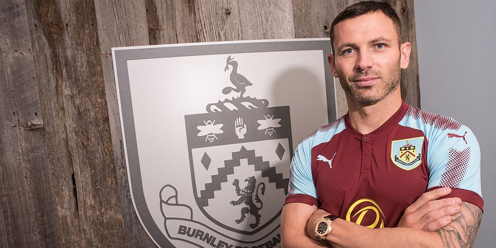 1718 burnley phil bardsley 02 1000x500