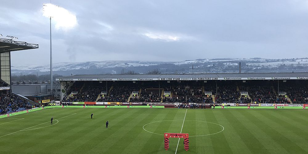 1718 burnley turf moor 02 1000x500