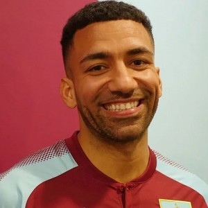 1718 burnley aaron lennon 02 500x500