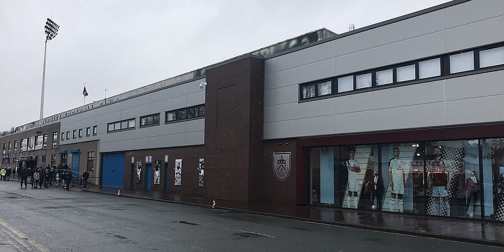 1718 burnley turf moor 04 1000x500