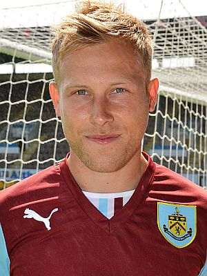1314 burnley scott arfield 00 300x400