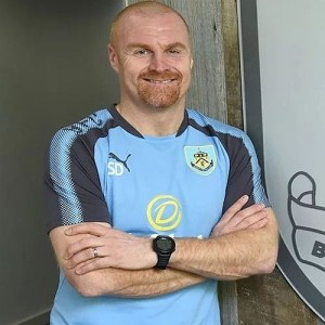 1718 burnley sean dyche 01 500x500