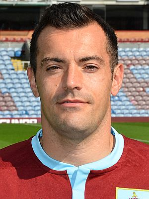 1415 burnley ross wallace 00 300x400