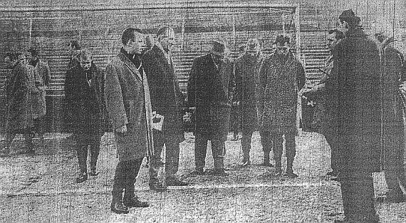 The Hamburg players take a look at the frozen Turf Moor pitch