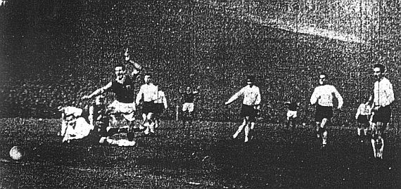 Jimmy McIlroy scores Burnley's second