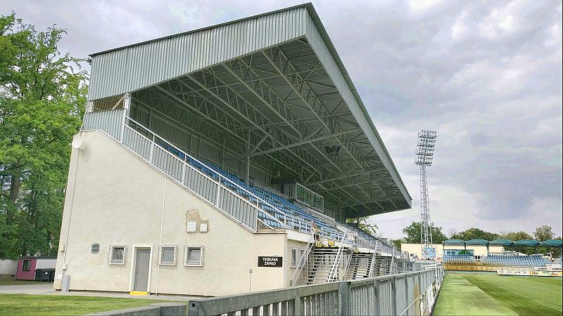 grounds ceske 4