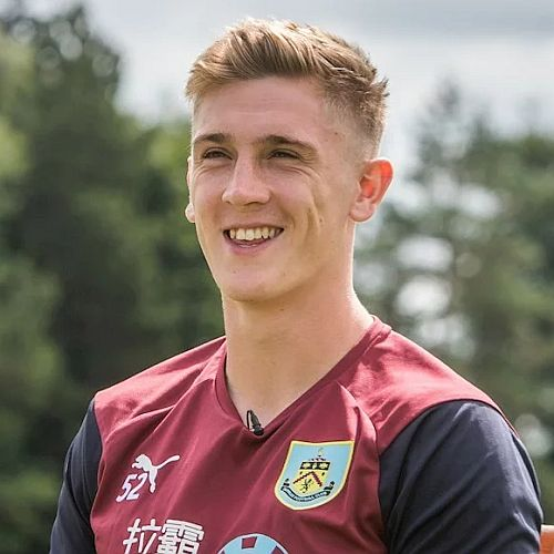 1819 burnley jimmy dunne 01 500x500