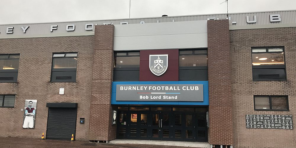 1819 burnley turf moor 04 1000x500