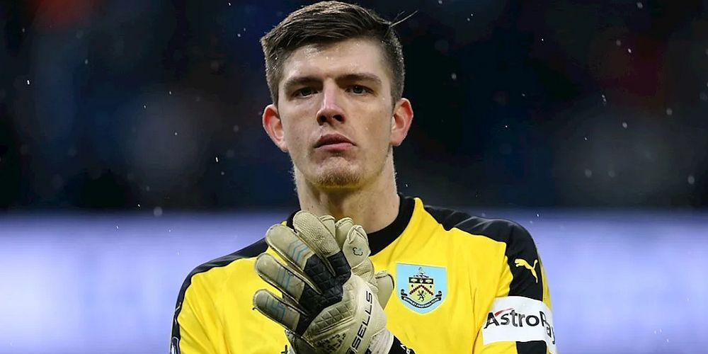 1819 burnley nick pope new deal 1000x500