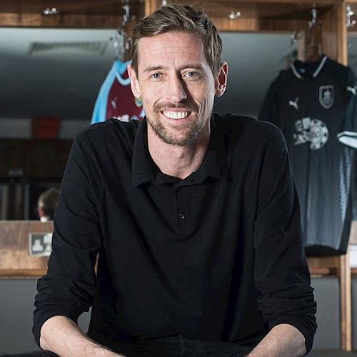 1819 burnley peter crouch 02 500x500
