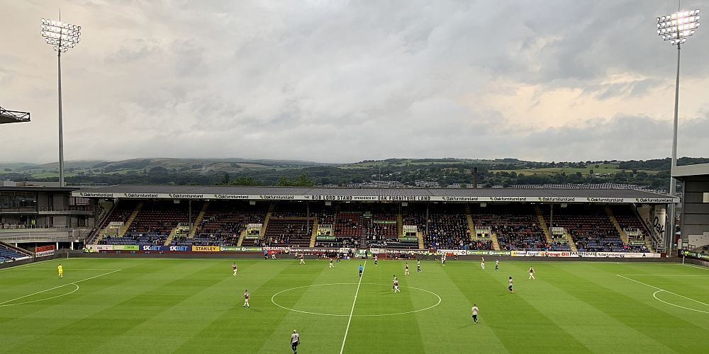 1920 burnley turf moor 01 1000x500