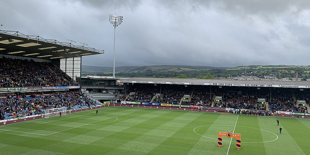 1920 burnley turf moor 03 1000x500